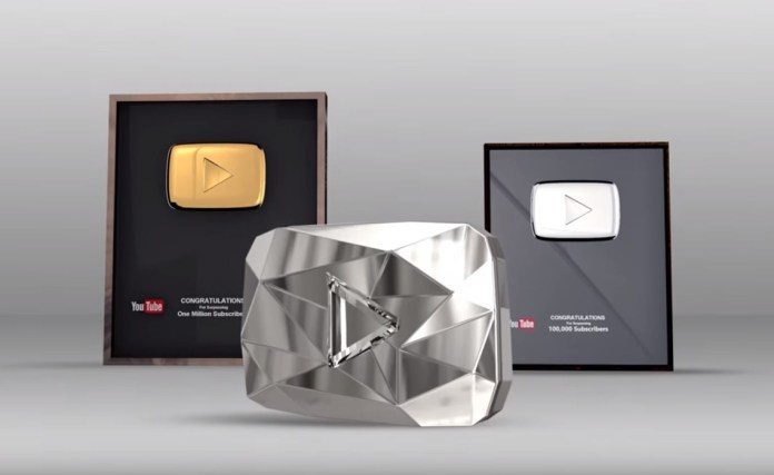 YouTube presents awards to its first stars