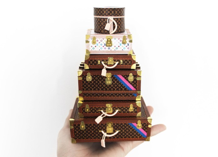 Louis_Vuitton_Miniature_Objects_by_Phillip_Nuveen