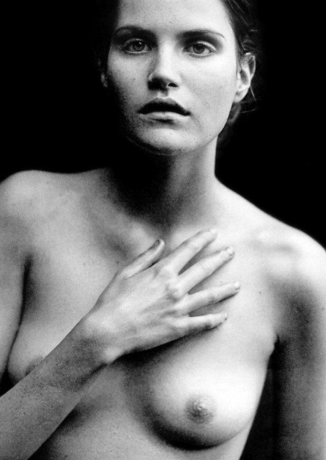 Photography by Peter Lindbergh.+78