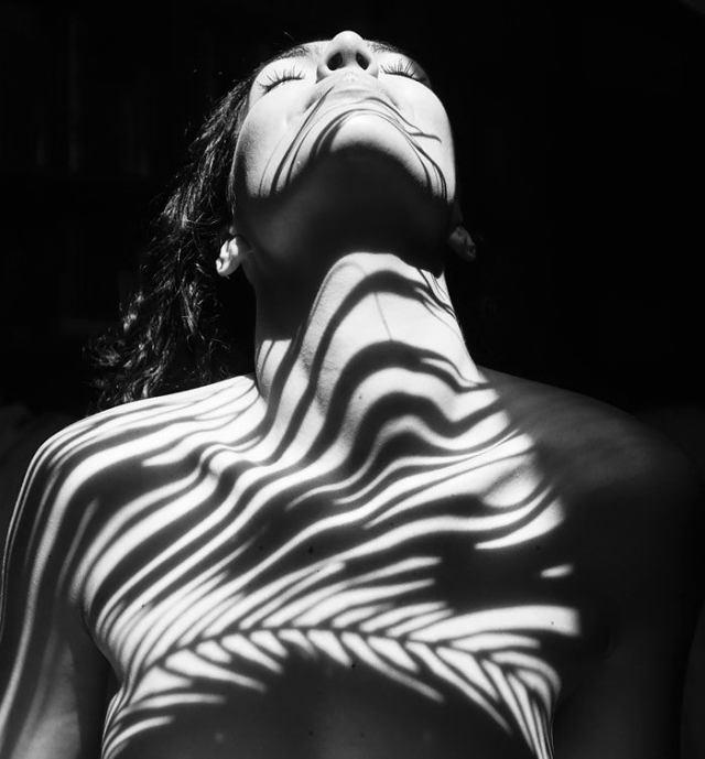 Emilio Jiménez Plays With Light And Shadows - IGNANT