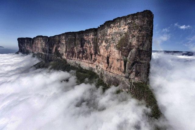 Mount Roraima (BrasilVenezuelaGuiana).