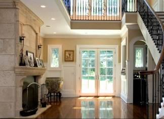 Modern Entryway Decor.