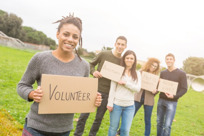 Why Do People Volunteer Abroad?: 4 Sound Reasons