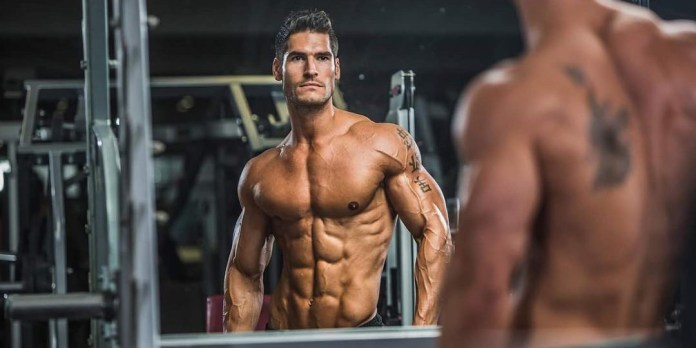 A Guide to Choosing Men's Shirts for Bodybuilding.