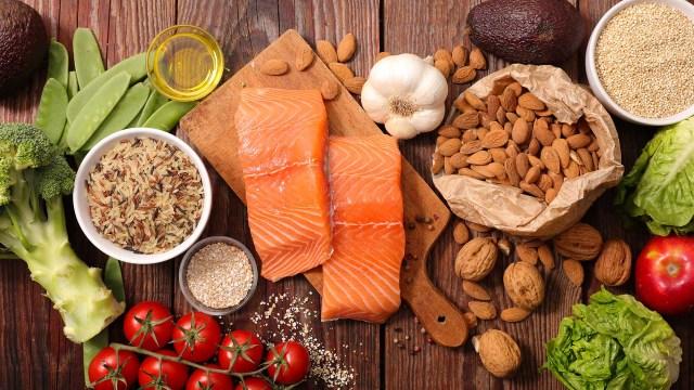Eat Light Healthy Food