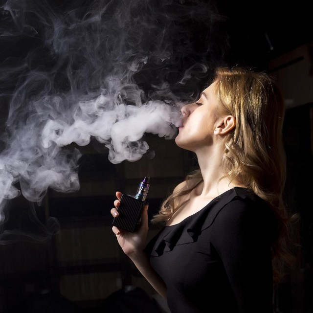 e-cigarettes smoking