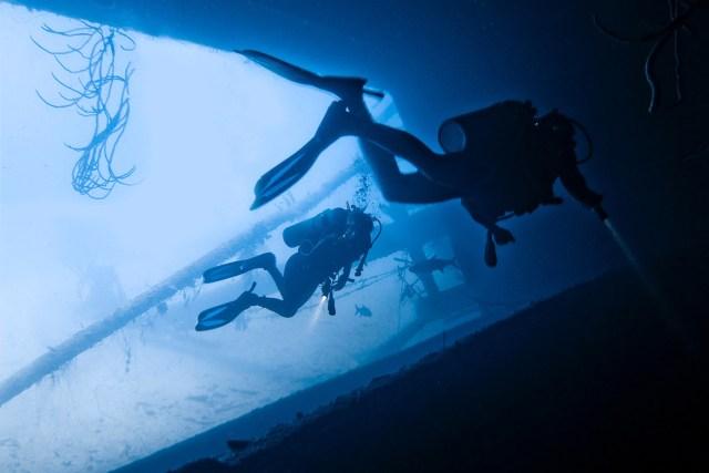 best place to buy scuba gear