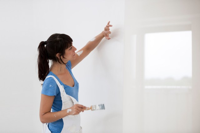 Priming wall surface