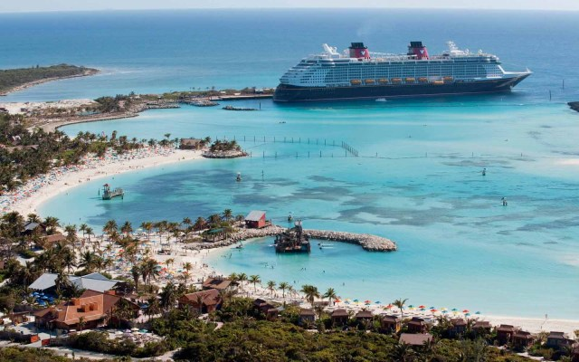 Take a Cruise in the Bahamas