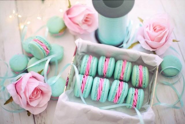 make an Easter basket