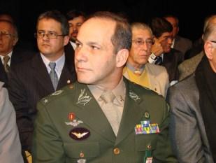 General Peternelli 002