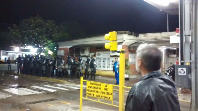 porto-alegre-greve-0003