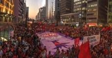 Dia de Luta por teto e trabalho: MTST protesta em todo o Brasil
