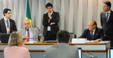 MP 792: Regra para demissão voluntária de servidor passa em comissão