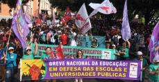 Greve nacional da Educação: mais de 60 mil nas ruas de Fortaleza