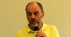 Clemente Ganz Lúcio, dieese, homem de camisa amarela falando ao microfone