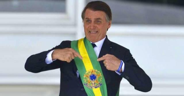 Bancários perdem jornada de 6h com Bolsonaro
