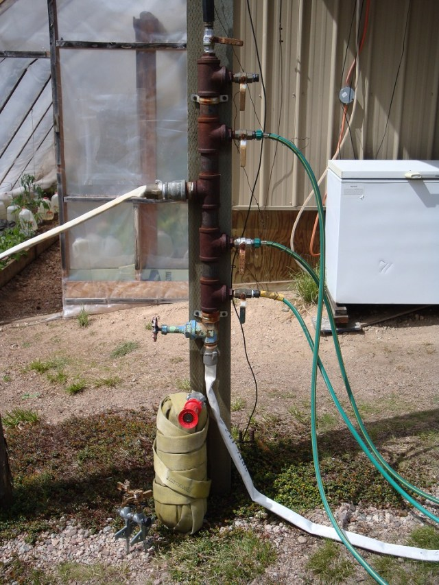 Manifold with Hoses