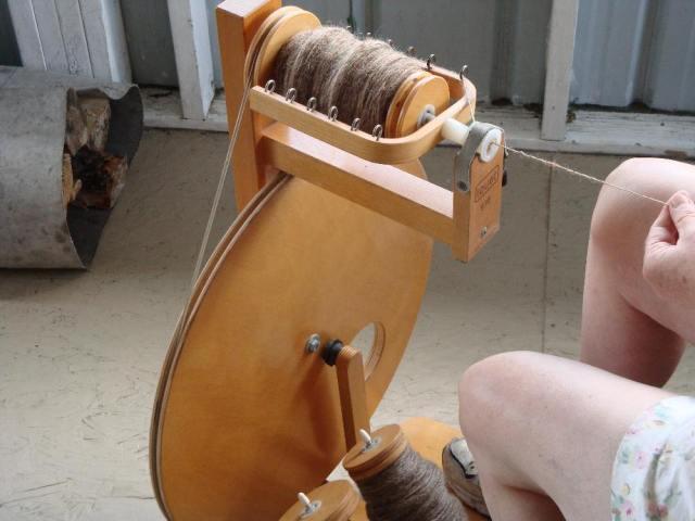 Spinning Wool Yarn