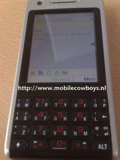 Sony Ericsson P700i - new images