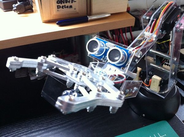 The Best DIY Robotic Arms You Can Build At Home | Into ...