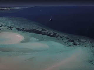 Atolls To The Maldives - Atolli Delle Maldive - Intotheblue.it