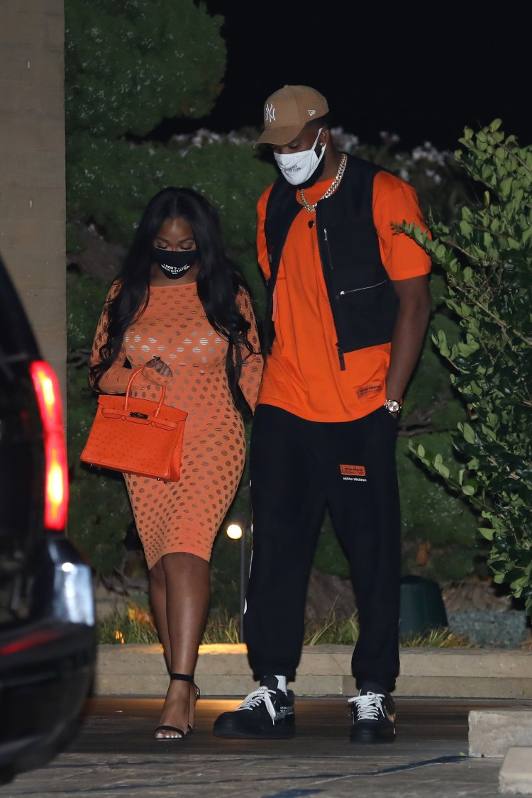Jordyn Woods Wears Face Mask Hinting at Tristan Thompson ...