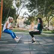 Comportamentos que introvertidos devem evitar quando eles querem melhorar as suas relações