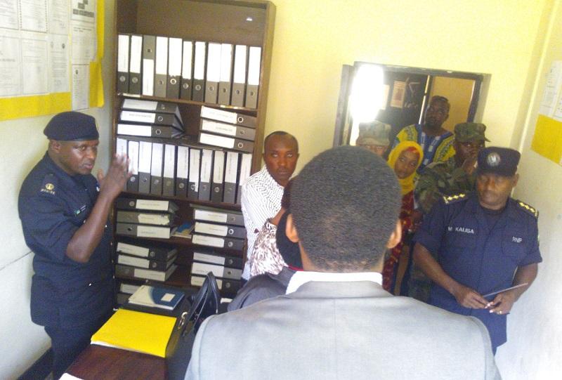 Polisi isobanurira Intumwa za rubanda ibirebana n'imikorere yayo