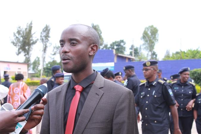 Umunyamabanga nshingwabikorwa w'umurenge wa Gisozi.