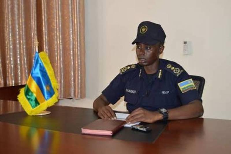 CP Rumanzi, umuyobozi wa Polisi y'u Rwanda ishami rishinzwe kubungabunga umutekano wo mu muhanda.