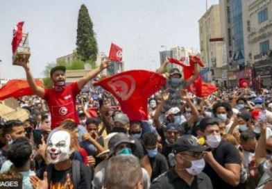 Tunisia: Imyigaragambyo yatumye Minisitiri w'Intebe yirukanwa, inteko ishinga amategeko irahagarikwa