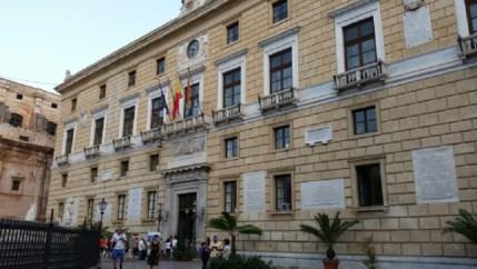 Bilancio 2016 del Comune di Palermo: i 'buchi' nascosti in una notte di agosto