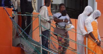 Accogliendo migranti 'accomeegghiè' Palermo rischia di diventare una banlieue