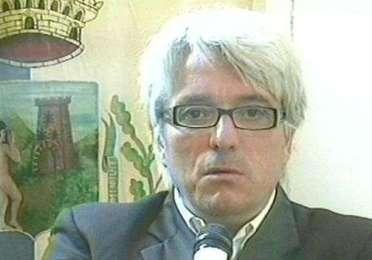 """Petrotto: """"Giovani della Sicilia: siete 800 mila. Andate a votare pensando alla Catalogna"""" (VIDEO)"""