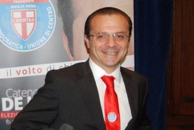 Cateno De Luca assolto dall'accusa di tentata concussione