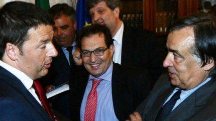"""Leoluca Orlando: """"Aderisco al PD"""". Ma se è renziano da un pezzo!"""