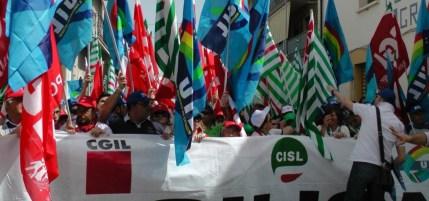 Forestali: Cgil, Cisl e Uil in piazza a Palermo. E dov'erano ai tempi di Lombardo e Crocetta?