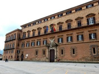 Ars/ Presidenza commissione Statuto? Un 'bottino' da dare a Fratelli d'Italia