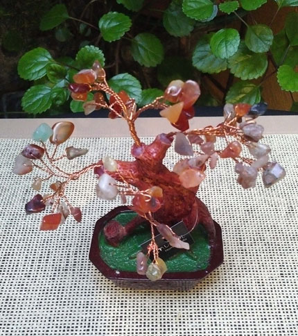 Foto 2 - Arbol bonsai con piedras semi preciosas