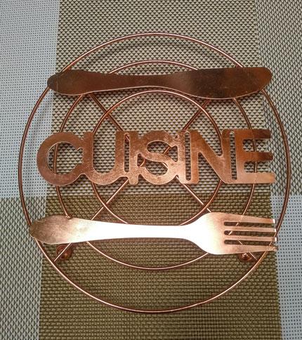 Foto 2. Posafuente metal cuisine