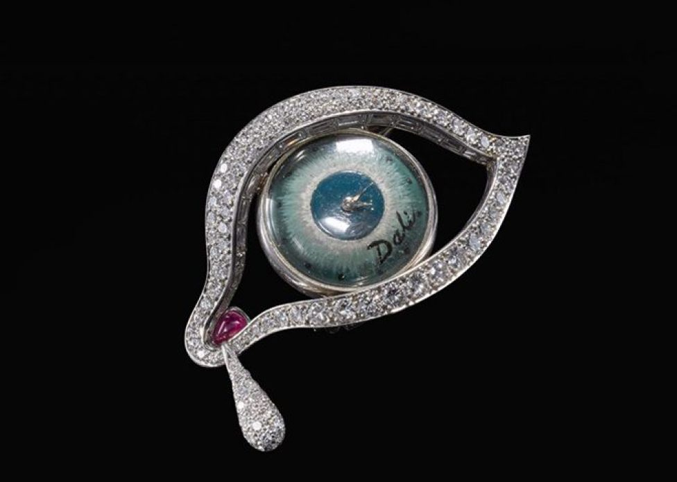 Diamond and ruby brooch in the shape of an eye