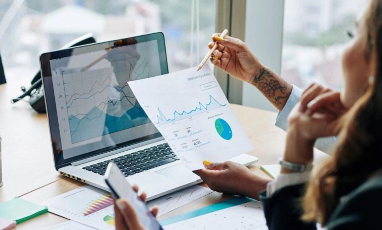 data finance report 03