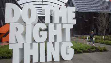 nike gives head office workers a week off to 'destress 780x470 1