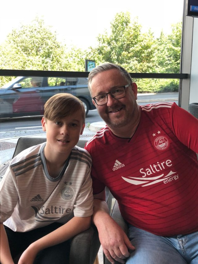 @dengrababe - My boys in Manchester already for the match in Burnley #coyr #aberdeenfc #aberdeen #wecandoit