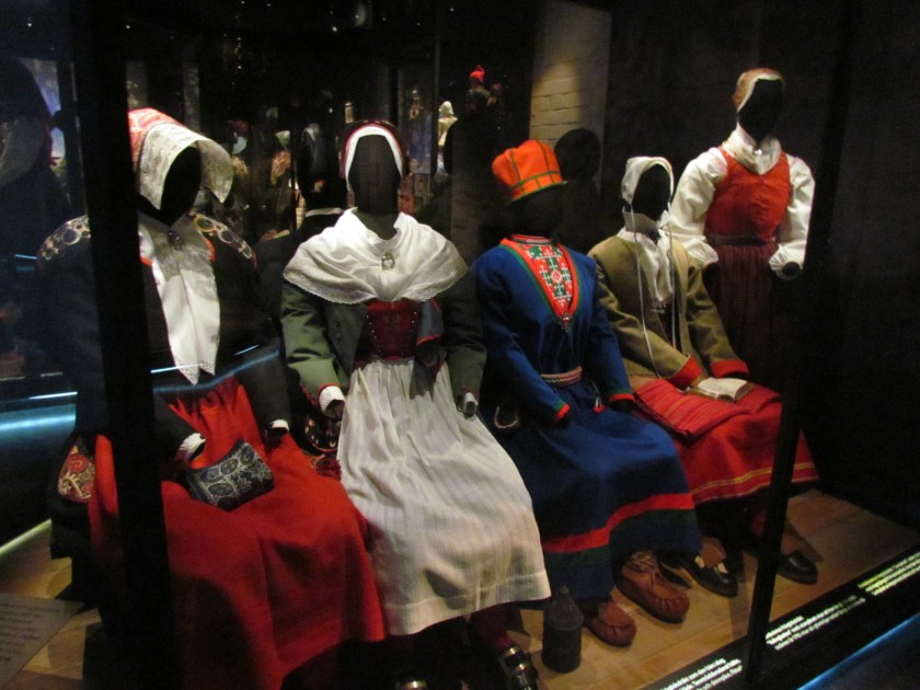 local costume, Dalarnas museum