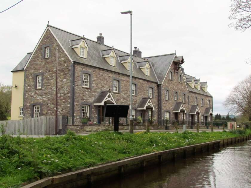 Houses by the Brecon canal - Brecon Canal boat trip