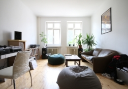 2 rooms apartment – great layout, no tenants – in the heart of Friedrichshain