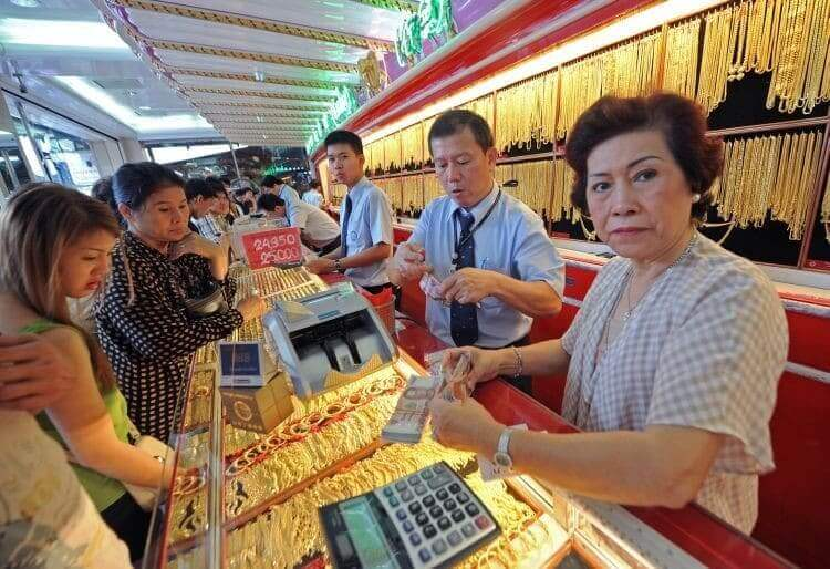 Southeast Asian Markets Invest in Gold