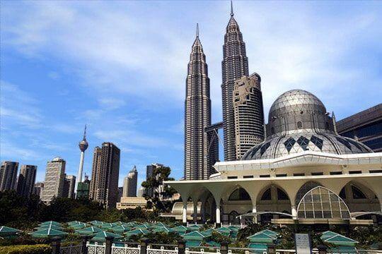 Commodity Prices Threaten Malaysia